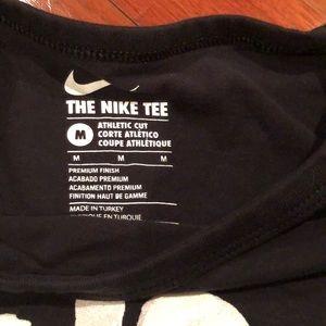 Nike Shirts - Nike men's medium t shirt